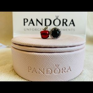 SALE New Pandora Disney Snow White Charm Set